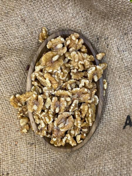 Lightly Salted Walnuts (1lb)