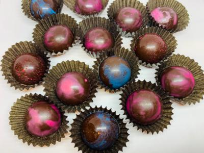 ALERT: NEW FOR MOTHER'S DAY! VEGAN DARK COUVERTURE* CHOCOLATE BONBONS FILLED WITH PEANUT BUTTER AND LOCAL FARM BLUEBERRY JAM - 3 Piece Box (9gx3)