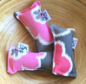 Kitty Catnip Kickers - Mini: Petals