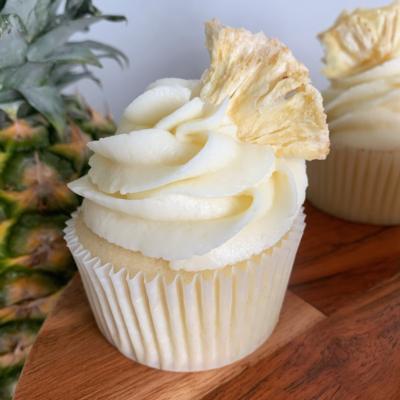 Piña Colada Cupcakes (6 Pack)