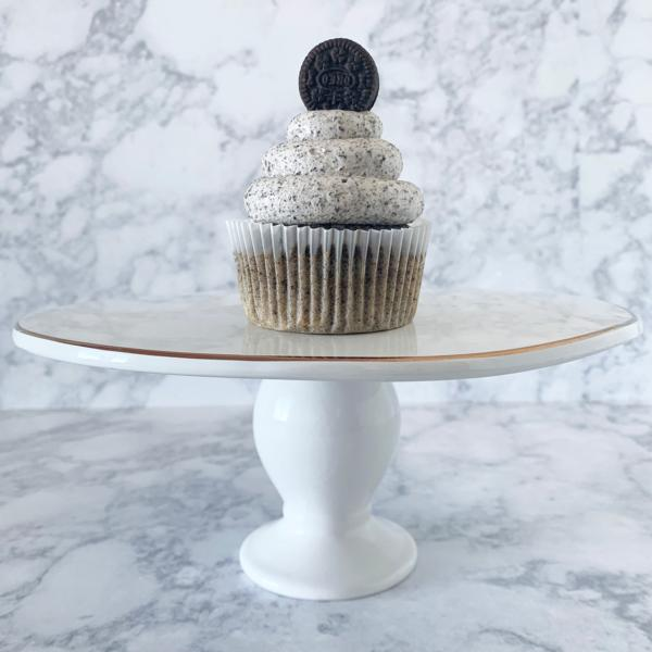 Cookies and Cream Cupcakes (12 pack)