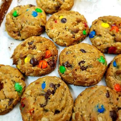 Peanut Butter Monster Cookies 1/2 dozen
