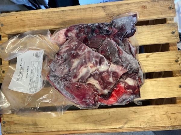 Assorted Meaty Bones (3+ lb)