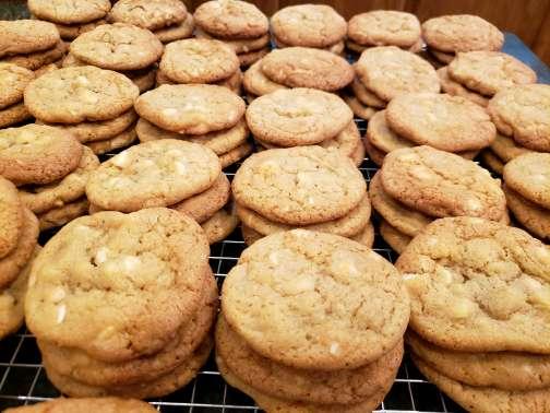 White Chocolate Macadamia Nut (6) Cookies