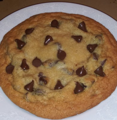 Chef's Giant Chocolate Chip Cookie