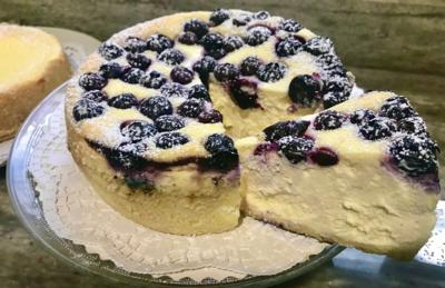 Cheesecake topped with Blueberries 7