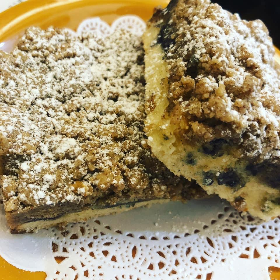 Blueberry Crumb Coffeecake (slice)