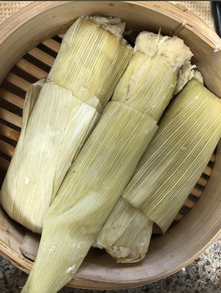 Chile and Cheese Tamales 3 pack